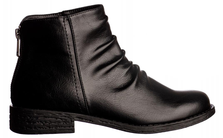 fotografie scarpe donna fondo bianco catalogo